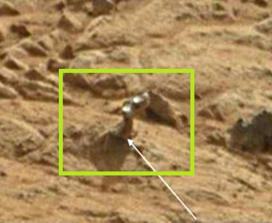 Misterioso dedo de metal em Marte