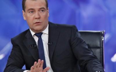 Primeiro-Ministro russo revela em off a existência de Extraterrestres