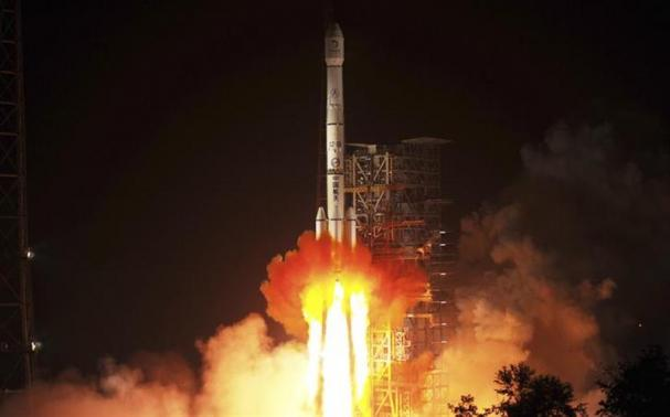 China lança primeira nave extraterrestre