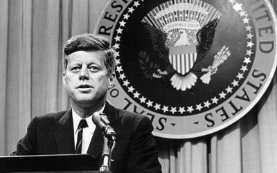 Kennedy queria revelar ao mundo sobre os extraterrestres