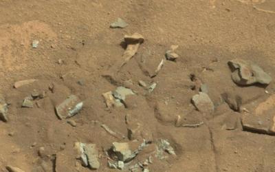 Osso de fémur em Marte